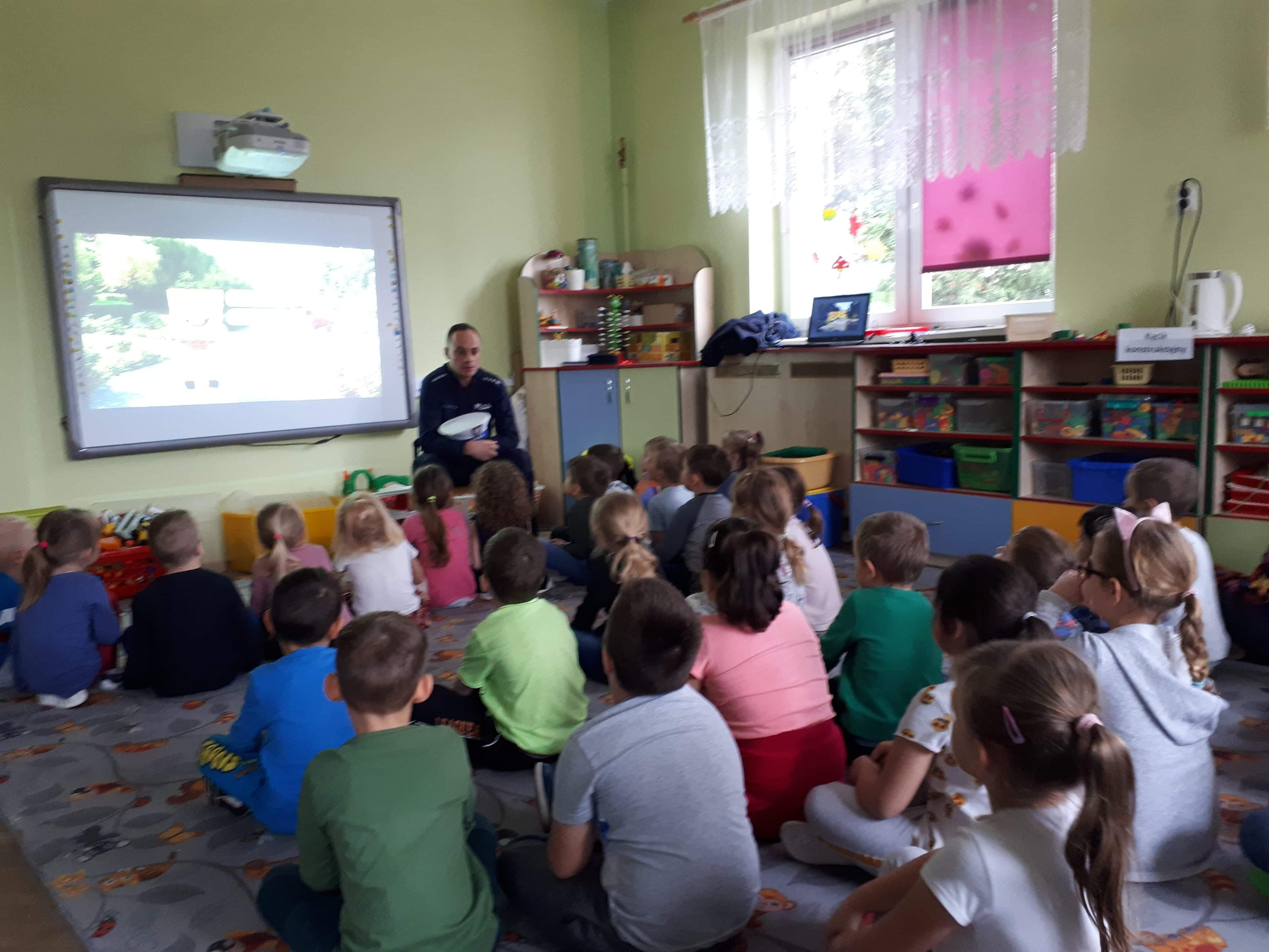 Wizyta policjantów w naszym przedszkolu.
