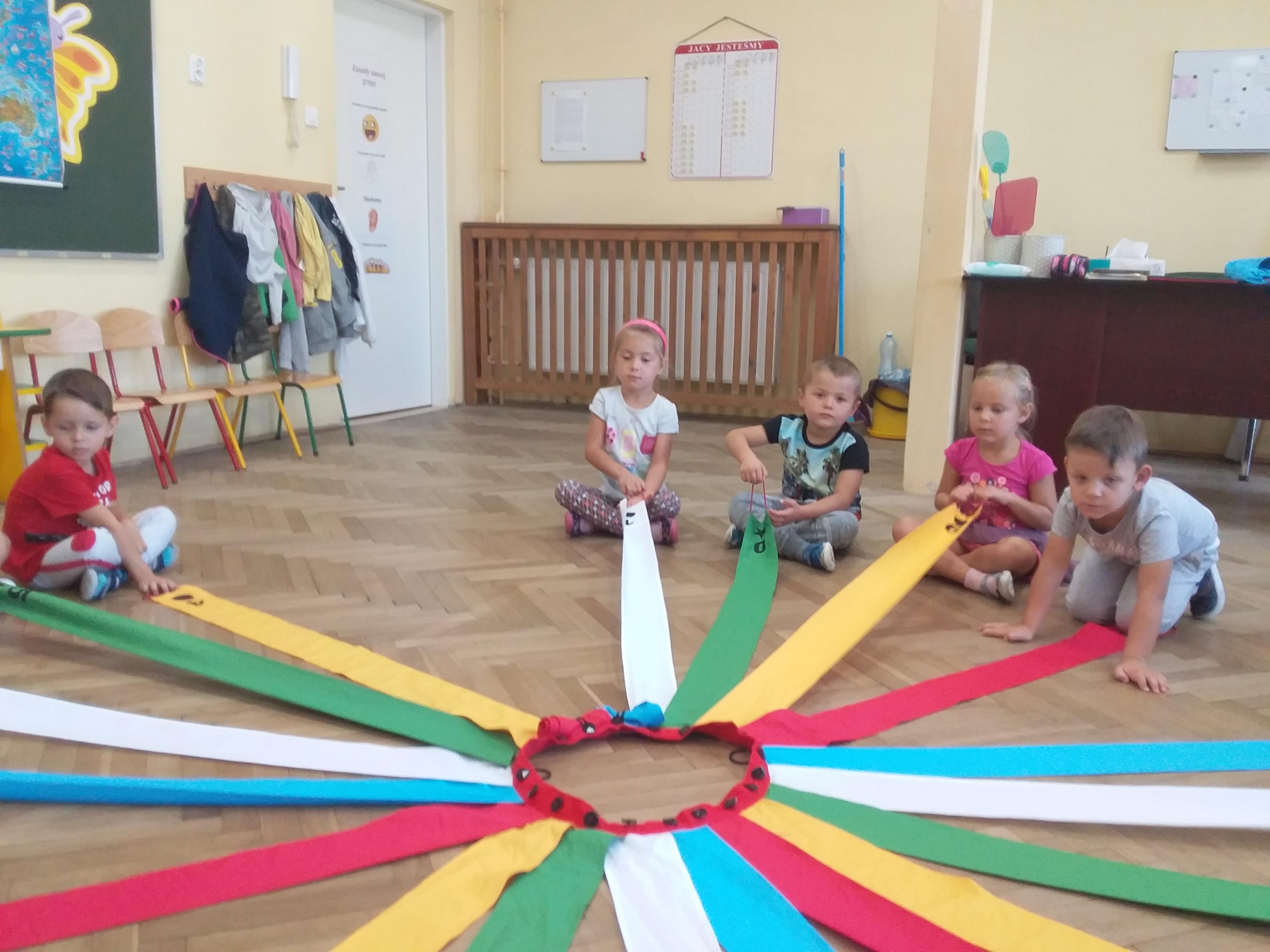 Zabawy z wiatrakiem matematycznym w grupie Biedronki