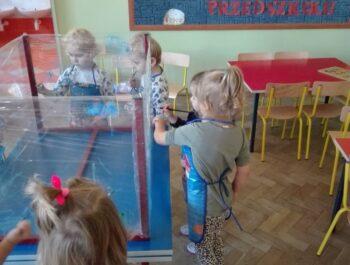 Zabawy sensoryczne w grupie Słowiki